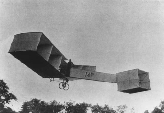 Alberto Santos-Dumont's 1906 plane